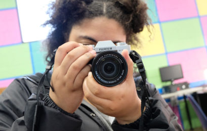 Introduction to Portrait Photography for Teens (ages 12-18) with Kat Bawden (Online Learning – Summer)