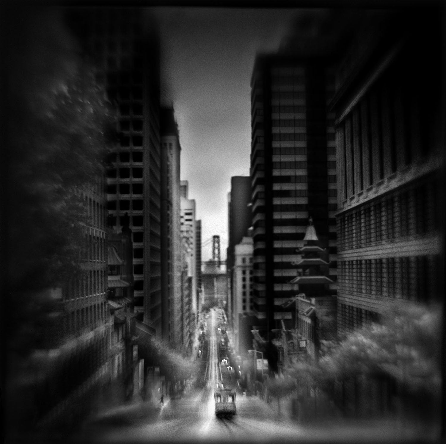 Contemporary Fine Art Photography:  Discovering Your Voice with Susan Burnstine (Six sessions)